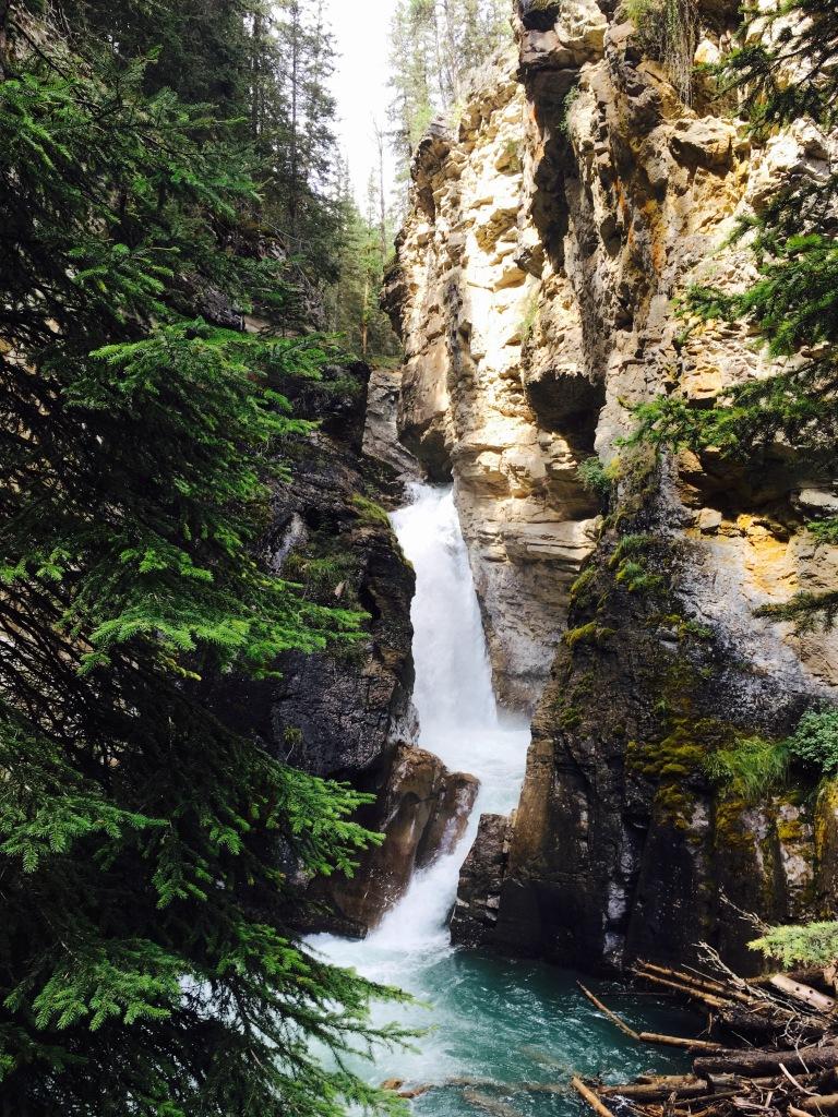 waterfall banff